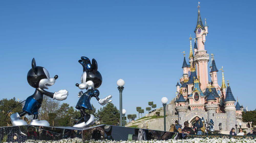 A Dota 2 Major Might Be Held At Disneyland Paris Picture2