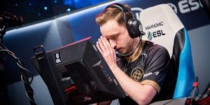 GeT_RiGhT leaves NiP